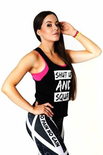 ../media/Produkty/BLUZKI_BEZ_REKAWOW/SHUT_UP_TOP/SHUT_UP_TOP_black/sportowy_czarny_top_2skin_n3989.jpg