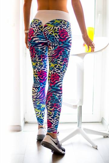 ../media/Produkty/BROADWAY/GETRY/GREAT_FEELING/kolorowe_legginsy_fitnes_2skin_9899m.jpg